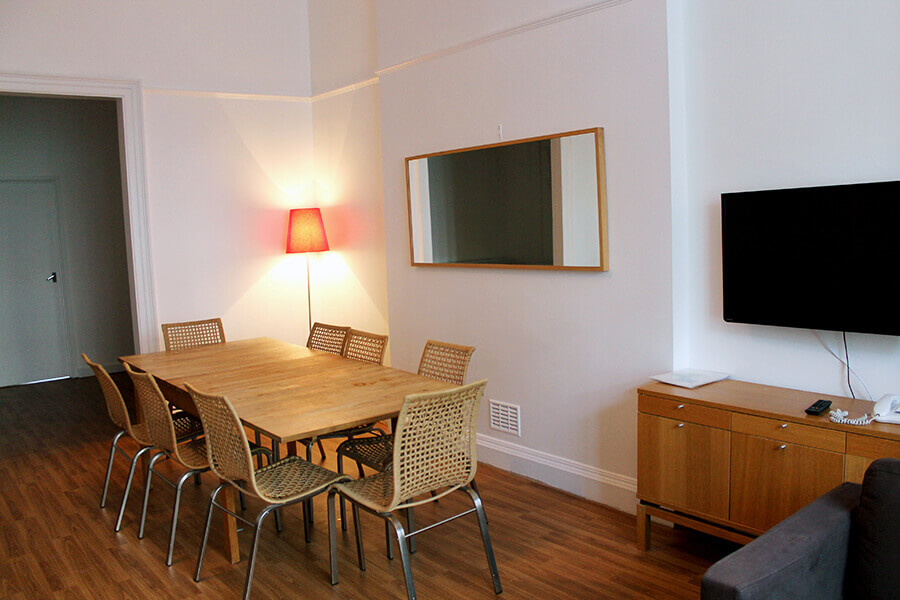 Bedford Place Four Bedroom Apartment 17